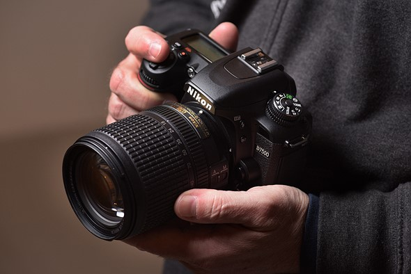 things-you-need-to-know-about-latest-nikon-d7500